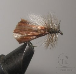 "Муха сухая Dry fly ( 21 ) "" Brown Raffia Caddis  "" крючок № 10 ( Kumho )"