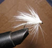 "Муха мокрая Wet fly "" Wet Fur White""крючок № 8 ( Kumho Wet)"